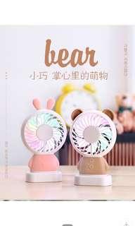 韓國爆款玲瓏兔達摩熊口袋超薄手持充電迷你風扇USB風扇帶彩虹燈