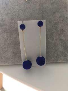 Korean earrings - Connie's elegant navy fur ball earrings