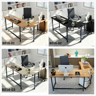 Office table/computer table/study desk