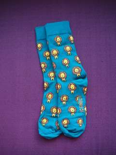 Iconic long socks w/ lion designs
