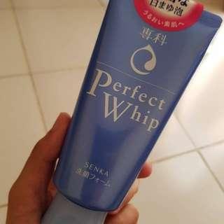 Preloved Senka Perfect Whip Cream