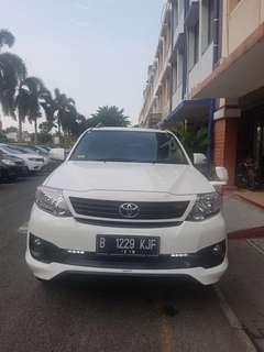 Fortuner 2.7G Lux TRD 2014 Matic Putih