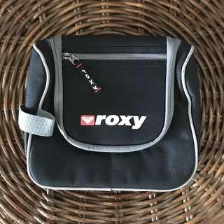 Roxy Vanity Toiletry Bag 🧖🏻♀️