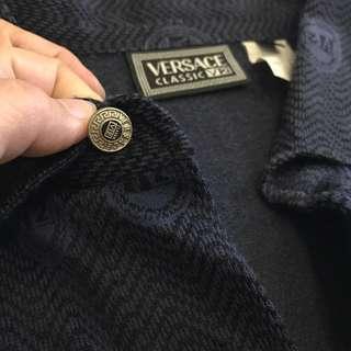 🚚 Versace 男性長袖polo衫