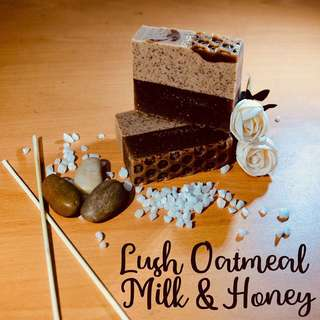🌸Organic Soap with Benefits - Lush Oatmeal & Honey
