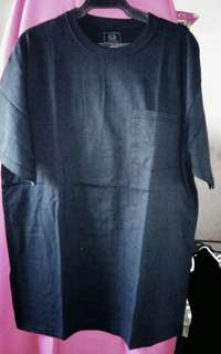 Fruit of the Loom t short with pocket on the left chest