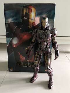 Selling hot Toy custom painted iron man (Read description)