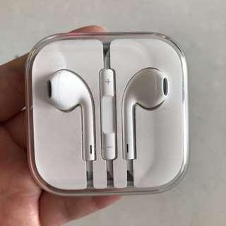 Apple ear piece