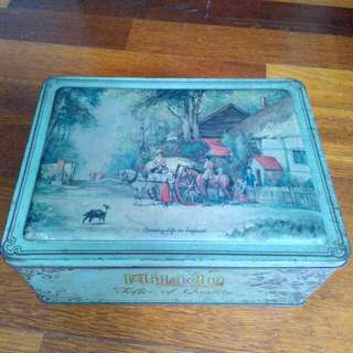 England Milady Country Life In England Tin Vintage
