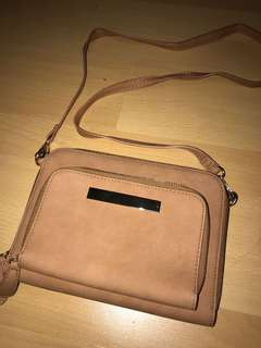 Temt sling bag