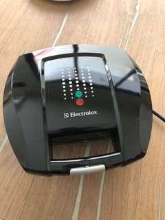 Bread toaster Electrolux masih bagus banget!