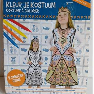 Colour your own queen costume