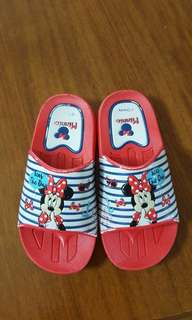 Minnie mouse slippers