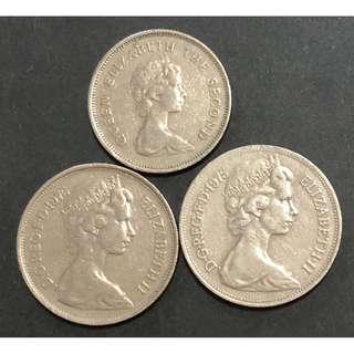 伊利沙伯二世纪念硬幣