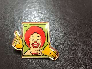 McDonald 叔叔 襟章