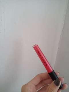 Max Studio Lip Gloss