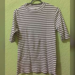 Stripe t-shirt from uniqlo