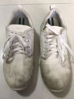 Blessing Pre Loved North Star School Shoe Size 24