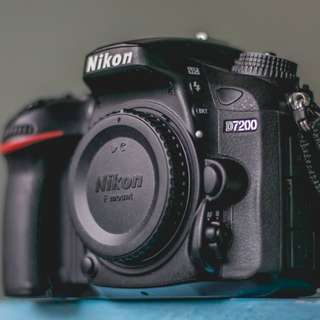 Nikon D7200 with Extra Battery