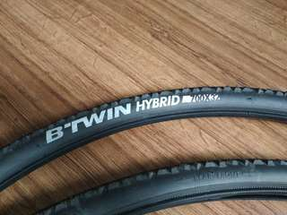 Btwin hybrid bicycle tire 700 x 32