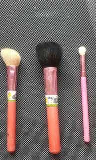 Bundle brush