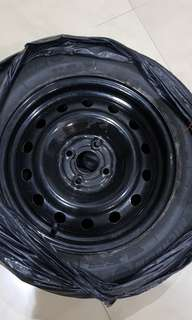 Honda Shuttle Spare tyre