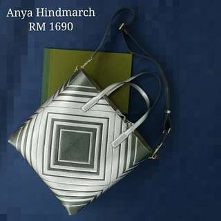 💙Anya Hindmarch Diamonds Ebury Feather Light 2way-bag💙