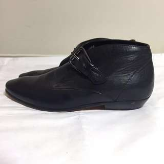 The Horse Leather Black Ankle Boots