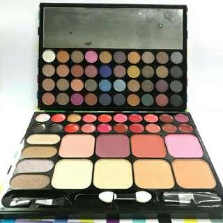 Naked 8 make up palette