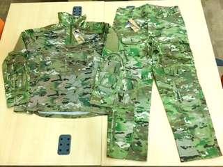 1 Set Multicam All Weather Combat Shirt & Pants