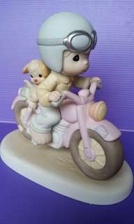 Our  Friendship Goes A Long Way Precious Moments Figurine