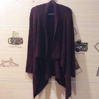 🚚 酒紅色不規則傘擺毛料外套罩衫