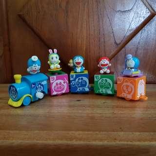 Doraemon train capsule toys