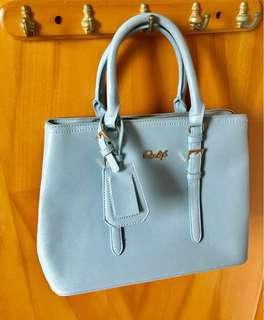 Two way handbag 側揹手提兩用手袋(淺藍)