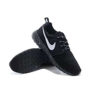 Nike Roshe Run Black Galaxy