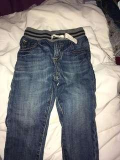 Jeans 2T baby gap