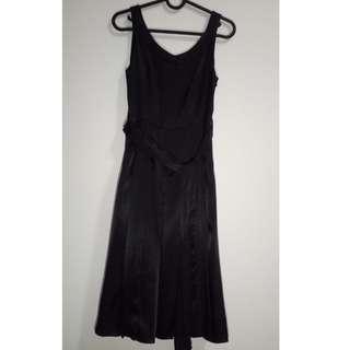 Formal midi black dress