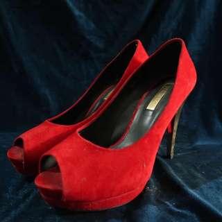 Heels stacatto size 38