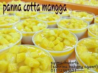 Panna cotta buah mangga ( 10bekas)