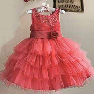 *FREE DELIVERY to WM only / Ready stock* Kids 8yo ball gown dress as shown design/color. Free delivery is applied for this item.