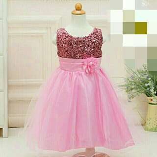 *FREE DELIVERY to WM only / Ready stock, Clearance* Kids 1-3yo gown party dress as shown design/color pink. Free delivery is applied for this item.