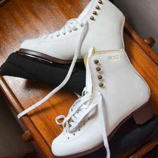 Advanced Figure Skates