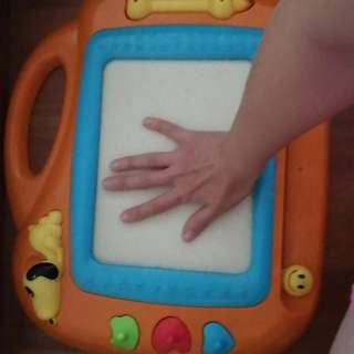 Child Magnet Drawing Board