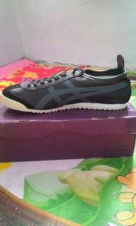 Onitsuka Tiger Mexico 66 Deluxe Black & Blue