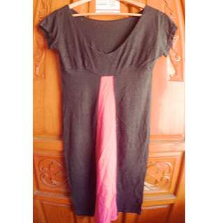 Black cotton dress with pink panel