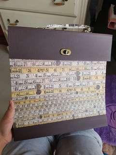 Folder Kertas