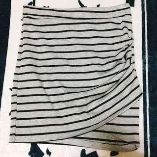 小開岔 條紋窄裙 短裙 包裙 xs、s可