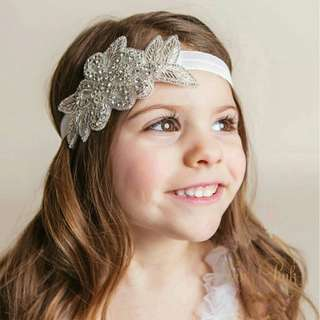 *FREE DELIVERY to WM only / Ready stock* Kids rhinestone glam headband each as shown design/color except coral, white, brown, cream. Free delivery is applied for this item.