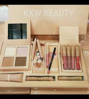 KKW Beauty Exclusive Set
