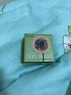 Benefit's Dandelion Powder